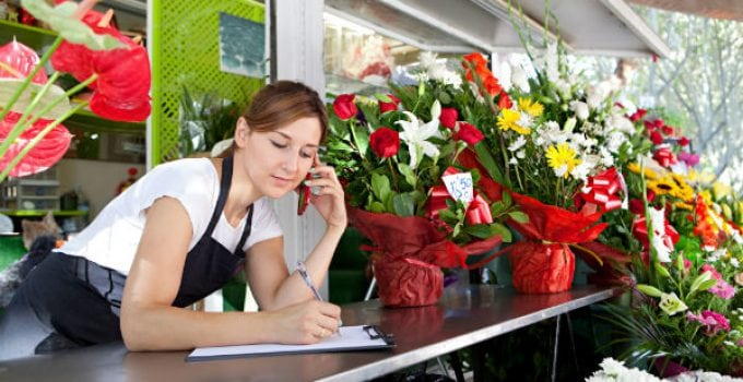 florist at cellphone