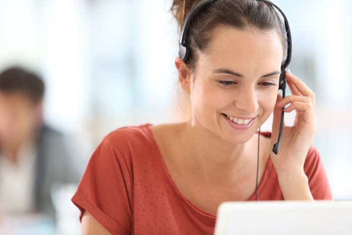 what makes a good customer service agent?